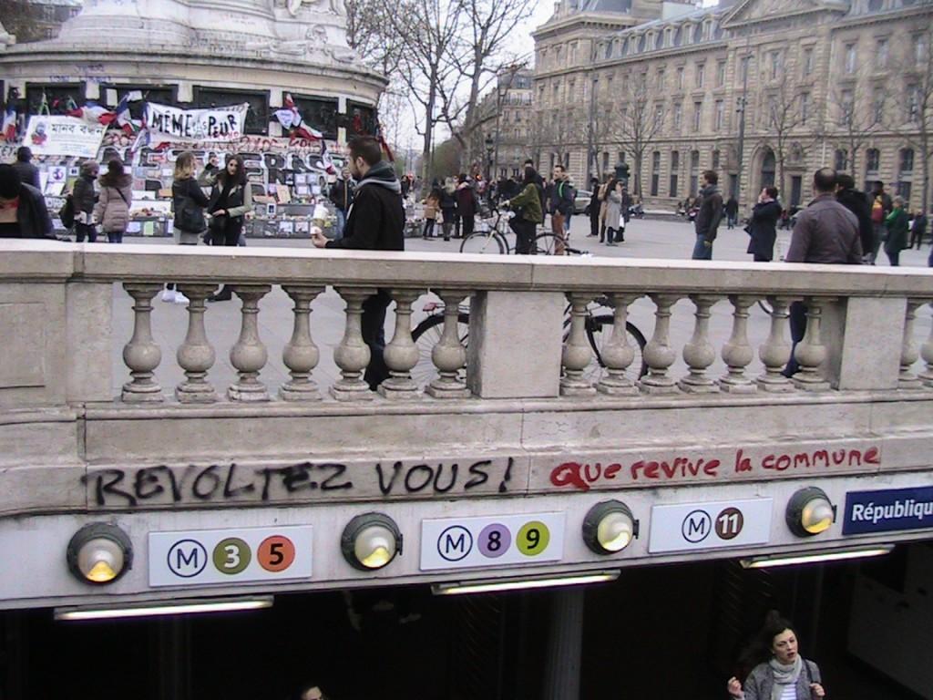 Convergence des luttes. Appel au 5 mai. La Fête à Macron !  Entre%CC%81e-du-me%CC%81tro-Re%CC%81publique-02-avril-2016-1024x768
